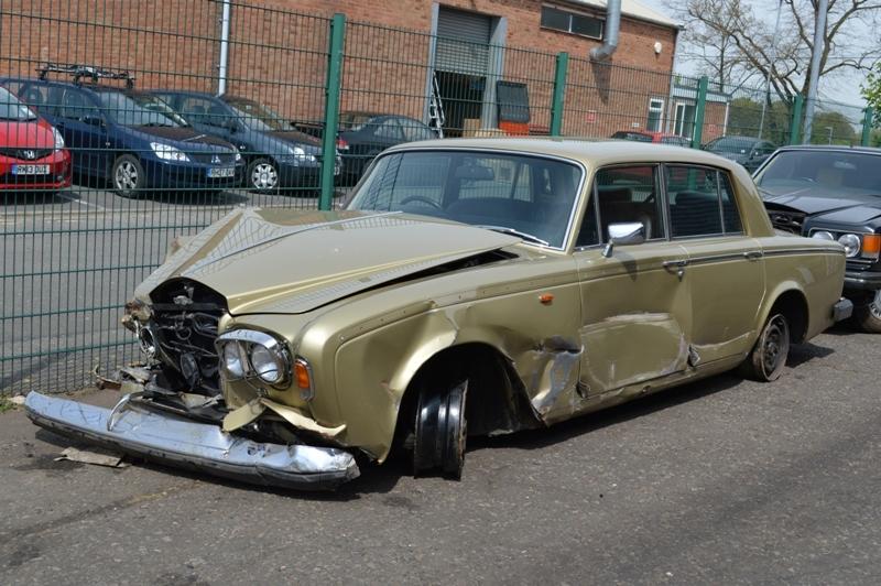 Rolls-Royce Silver Shadow II : FSD-305