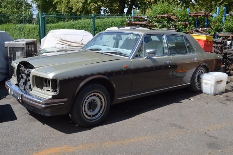 Rolls-Royce Silver Spirit : FSD-367