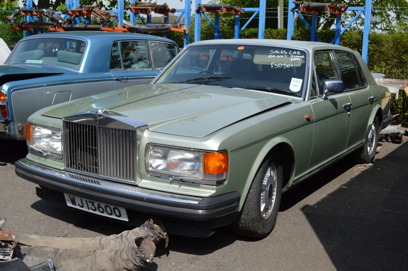 Rolls-Royce Silver Spirit : FSD-303