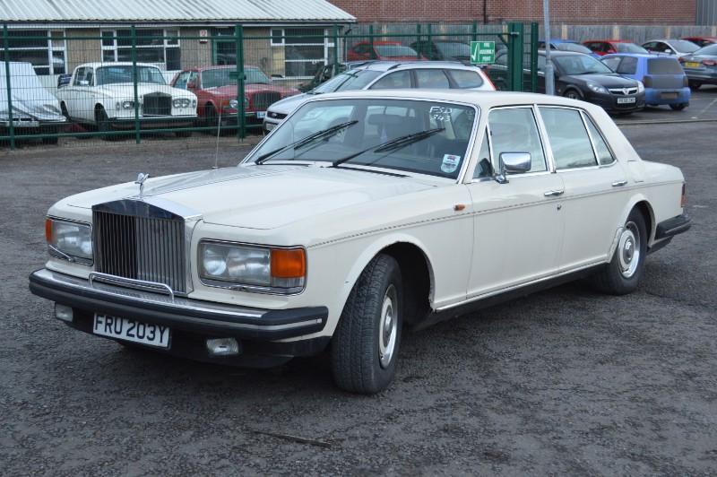 Rolls-Royce Silver Spirit : FSD-343