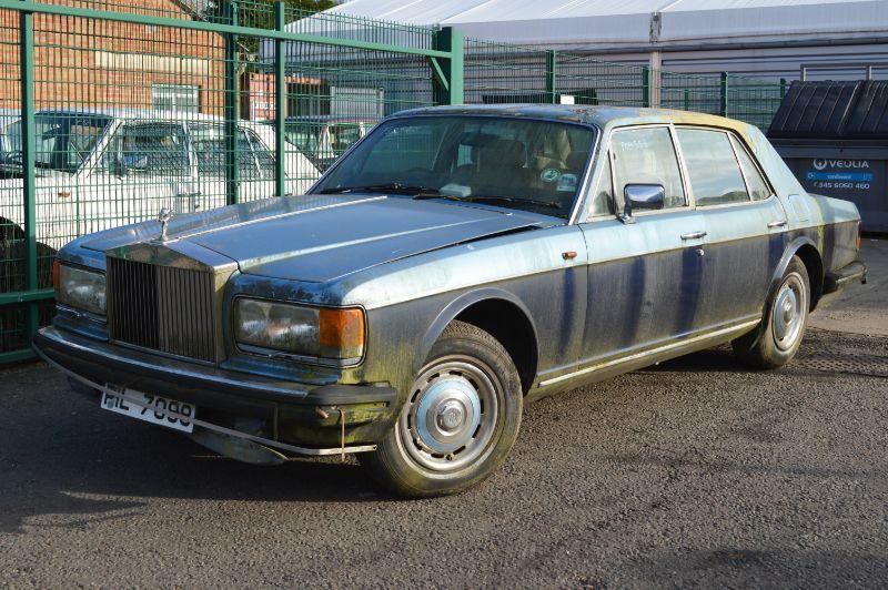 Rolls-Royce Silver Spirit : FSD-523