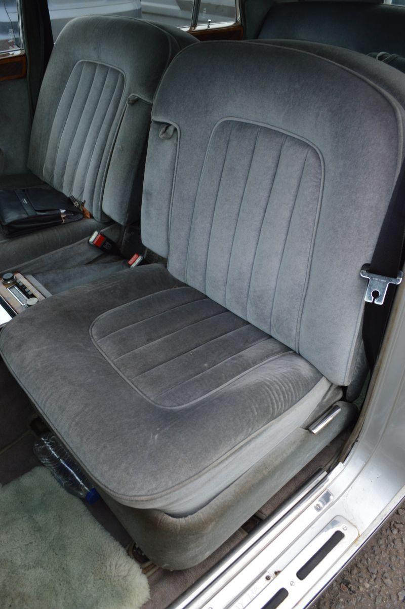 Rolls-Royce Silver Shadow LWB  width=100%